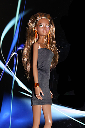 Barbie Collection City Shine - Bronze Dress
