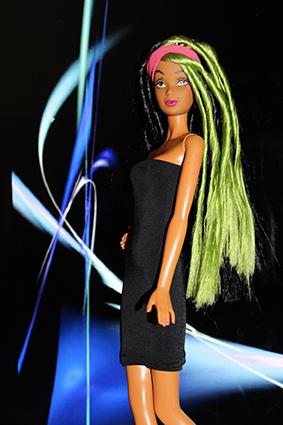 Barbie Collection Modern Circle Simone