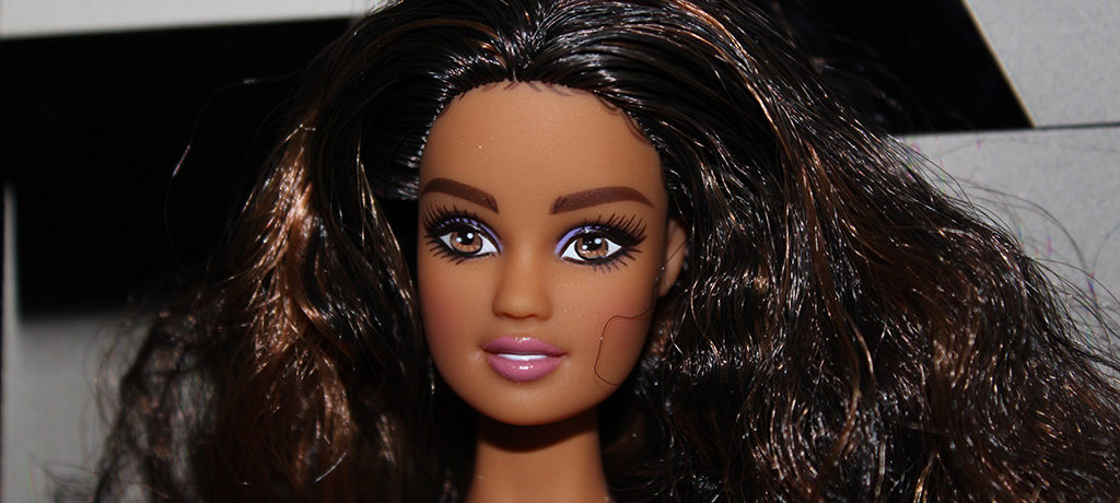 Barbie Catalina Article Profil