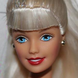 Miss Barbie Christmas Island - Olivia