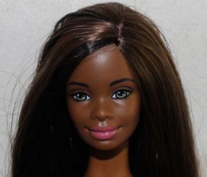 Barbie Kensia