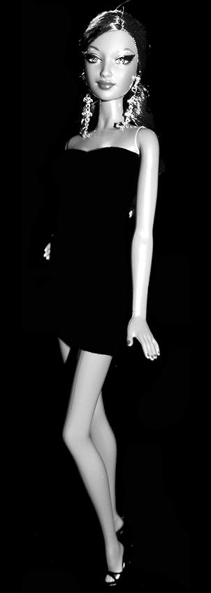 Barbie Mina Noir et Blanc