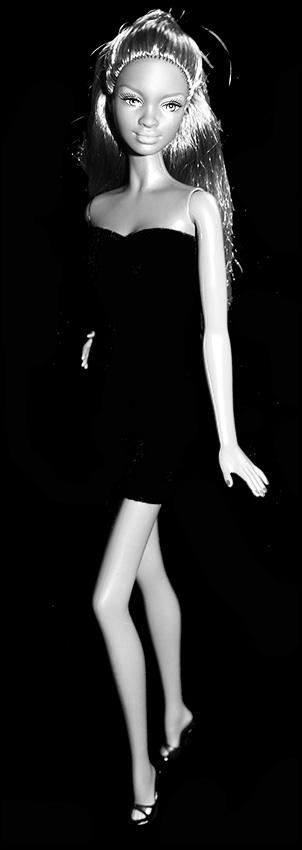 Barbie Naomi