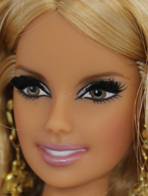 Barbie Face Triangular