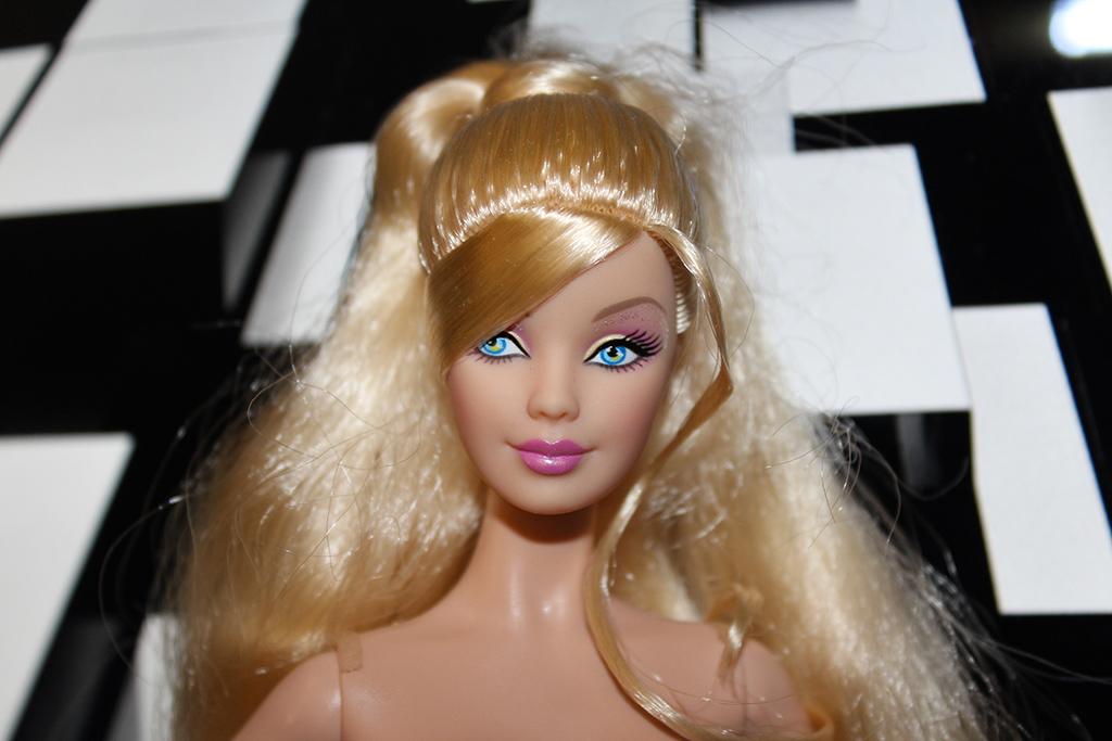 Barbie Valerie