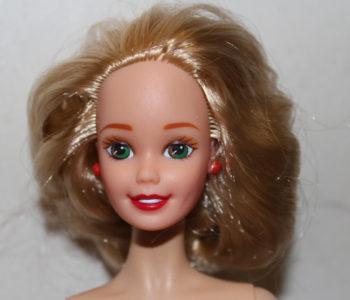Barbie Csenge