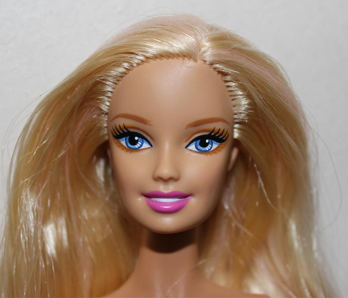 Barbie Rozalia