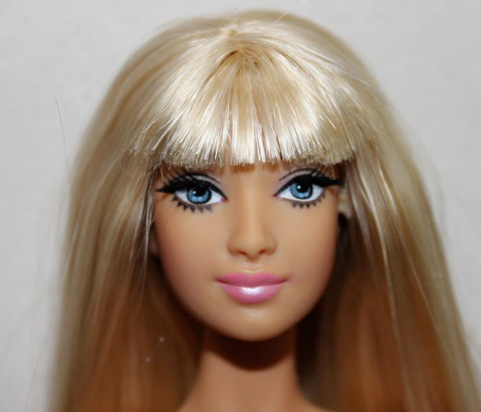 Barbie Zéline