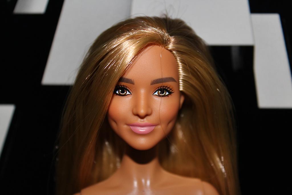Barbie Sheila