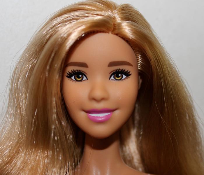 Barbie Célia