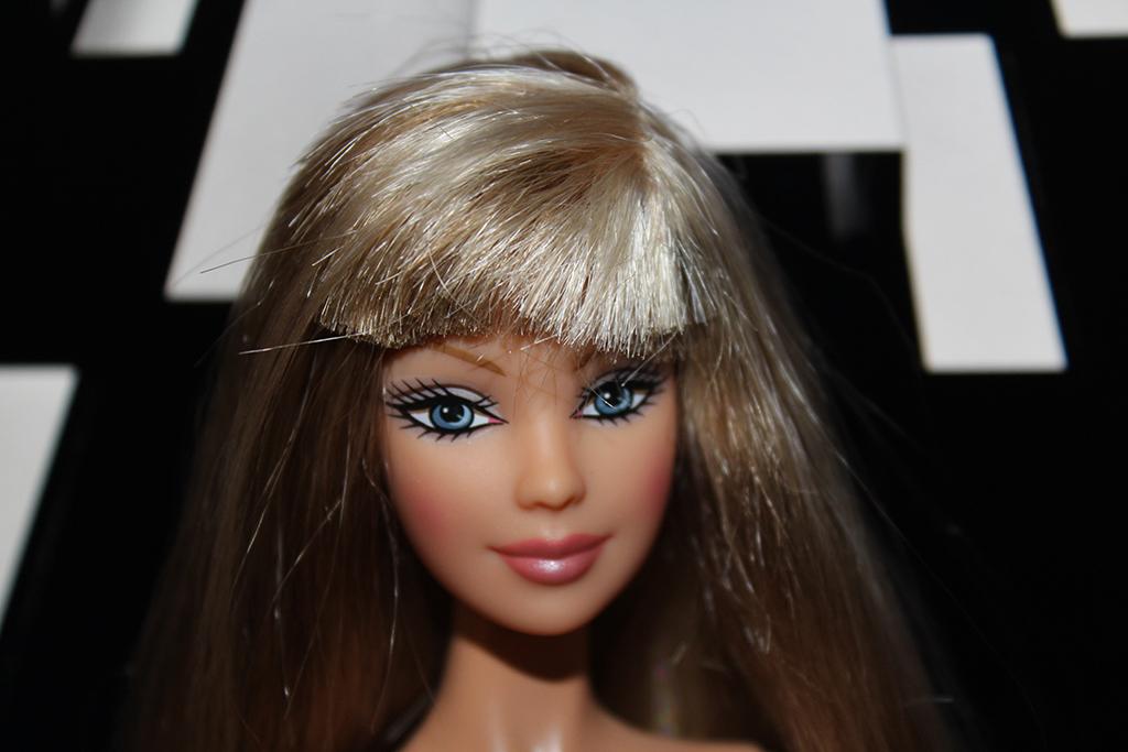 Barbie Helvia